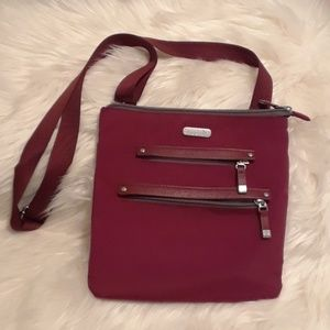 Baggallini crossbody purse New without tags